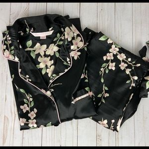 Victoria Secret Black Floral 2 Piece Satin PJ Set